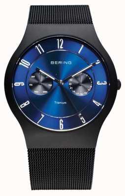 Bering Para hombre de titanio negro reloj de esfera azul 11939-078
