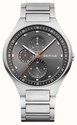de titanio de Bering clásica para hombre 11741-702