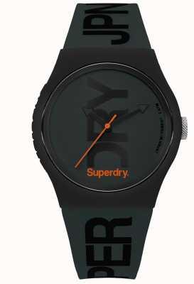 Superdry Verde sigiloso con texto negro SYG189NB