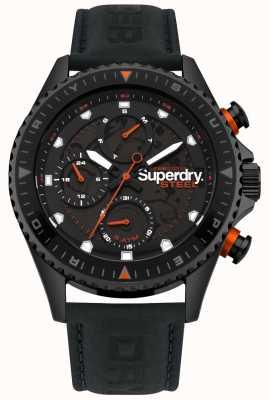 Superdry Oficial de acero día y fecha marca la correa de cuero negro SYG220BB