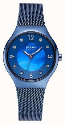 Bering Esfera azul pulida solar y conjunto de cristal con pulsera de malla azul 14427-393