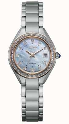 Citizen Reloj de mujer con esfera de nácar, acero inoxidable y cristal de silueta para mujer EW2556-59Y