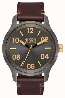 Nixon Patrulla de cuero | bronce de cañón / oro | correa de cuero marrón | esfera de bronce A1243-595-00