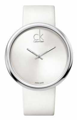 Calvin Klein Damas sutiles esfera blanca correa de cuero blanco K0V23120